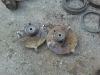 Amortizatorių atraminės plokštelės - atsisluoksniavęs korozijos pažeistas metalas