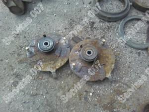 Pažeistos korozijos automobilio atramines plokšteles