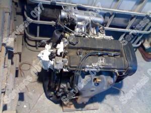 Honda CRX variklis ruošiamas keitimui