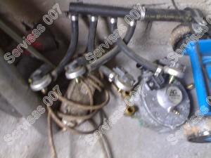 Olandiška AG dujų įranga išmontuota iš Crysler Voyager automobilio