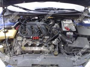 Mazda 6 3.0 v6 variklio skyrius su įmontuota tiesioginio įpurškimo dujų įranga
