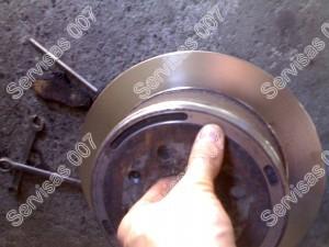 Stabdžių diskas kurio paviršius nutekintas