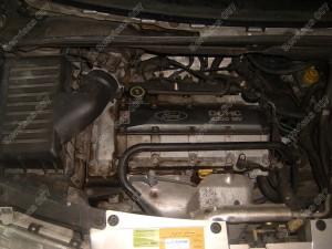 Ford Galaxy 2.3 1999 variklio skyrius prieš montuojant dujinę įrangą