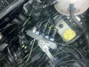 BRC dujiniai purkštukai sujungti į reilą - montuojami keturių cilindrų variklyje