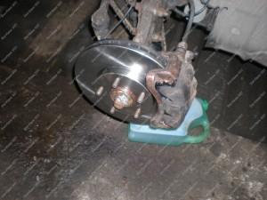 Suremontuoti ir sutvarkyti Nissan Xtrail priekiniai stabdžiai