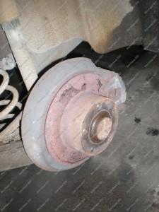Galiniai Audi A6 stabdžiai ir jų išvaizda prieš remontą Servise 007