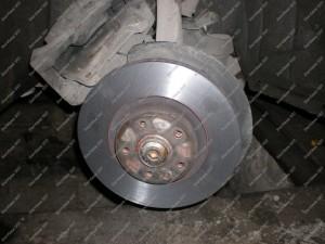 Nutekinti Audi A6 2007 metų stabdžių diskai