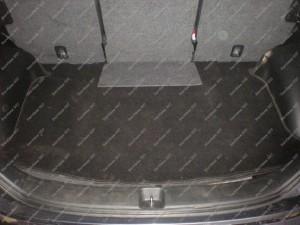 Honda FRV bagažinė sumontavus dujų balioną vietoje atsarginio rato Servise 007