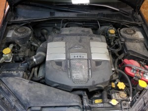 Subaru 3.0 H6 variklio skyrius prieš dujų įrangos montavimą Servise 007