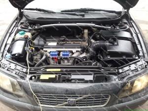 Ideali kainos ir kokybės prasme dujų įrangos komplektacija skirta Volvo S60 2.4 penkių cilindrų automobiliams;