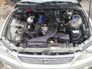 Greitai ir tiksliai dirbantys purkštukai puikiai tinka ir 6 cilindrų Lexus IS200 varikliui;