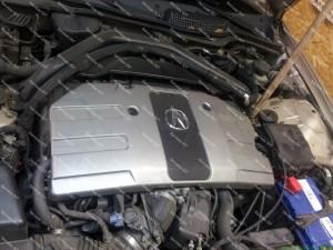 ACURA variklio skyrius kuriame puikiai pasislepia BARACUDA dujų purkštukai - Servisas 007