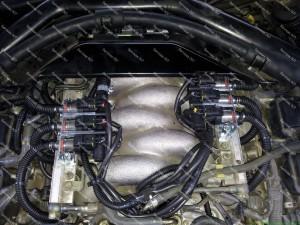 Acura V6 variklis su BARACUDA dujiniais purkštukais sumontuotais Servise 007