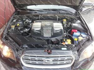 Dujų įrangos montavimas į Subaru Outback 3.0 H6 su Baracuda dujų purkštukais;