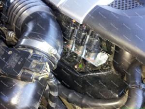 Baracuda dujų purkštukai gražiai pasislėpę po Subaru Outback 3.0 H6 variklio dangčiu;