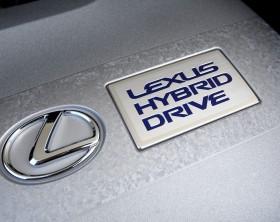 Dujų įrangos montavimas Servise 007 į Lexus Hybrid automobilius