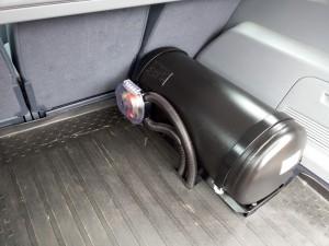 Cilindrinis dujų balionas sumontuotas į Ford S Max Servise 007