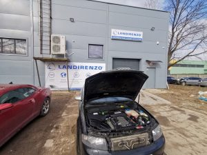 Audi S4 4.2 V8 kuriai sumontuota dujų įranga Landi Renzo